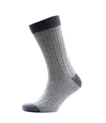 817dw Fine Stripe Rib Socks Derby White Fit